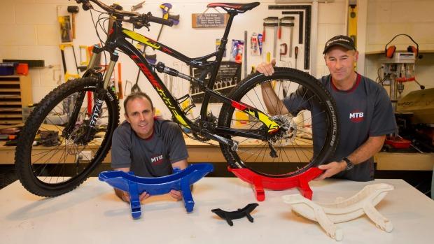 Chris McIvor and Nigel Mobberley MTB Stand